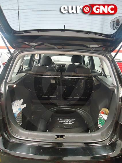 Volkswagen Suran 2 x 24 lts.