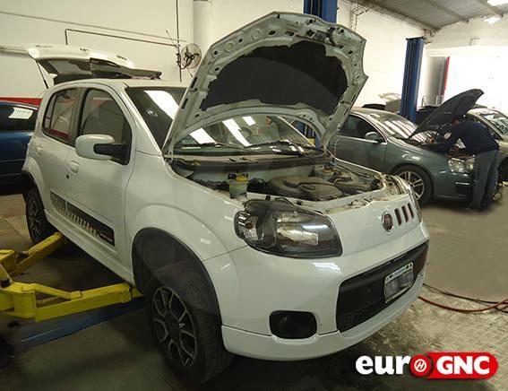Fiat Uno 40 lts.