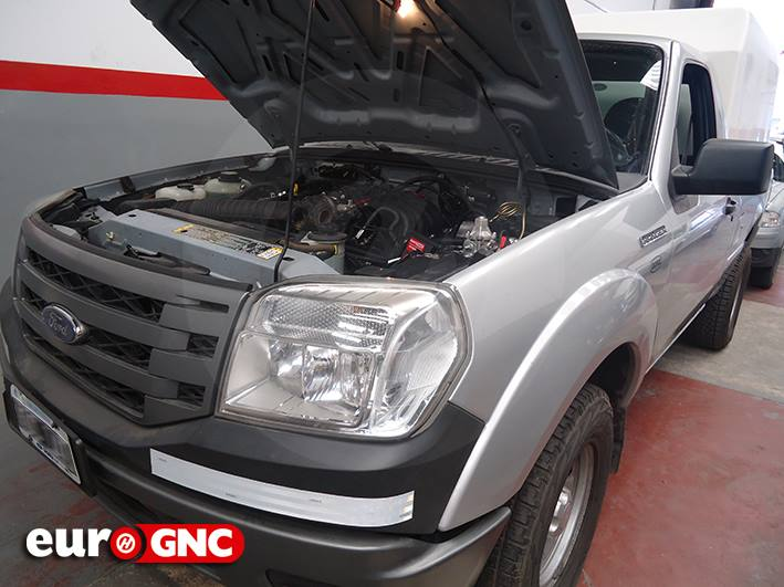 Ford Ranger (cabina simple) 2 x 40 lts.